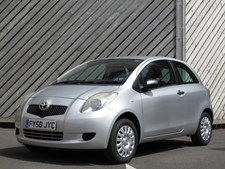 Toyota Yaris 1.0 VVT-i T2 Hatch LOW ROAD TAX - LOW INSURANCE