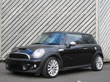 MINI One 2.0TD Cooper SD HATCH - MANY EXTRAS - 60+ MPG !!